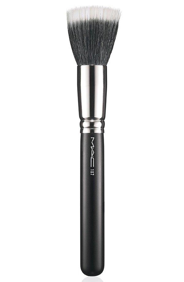 MAC Duo Fiber Face Brush #187