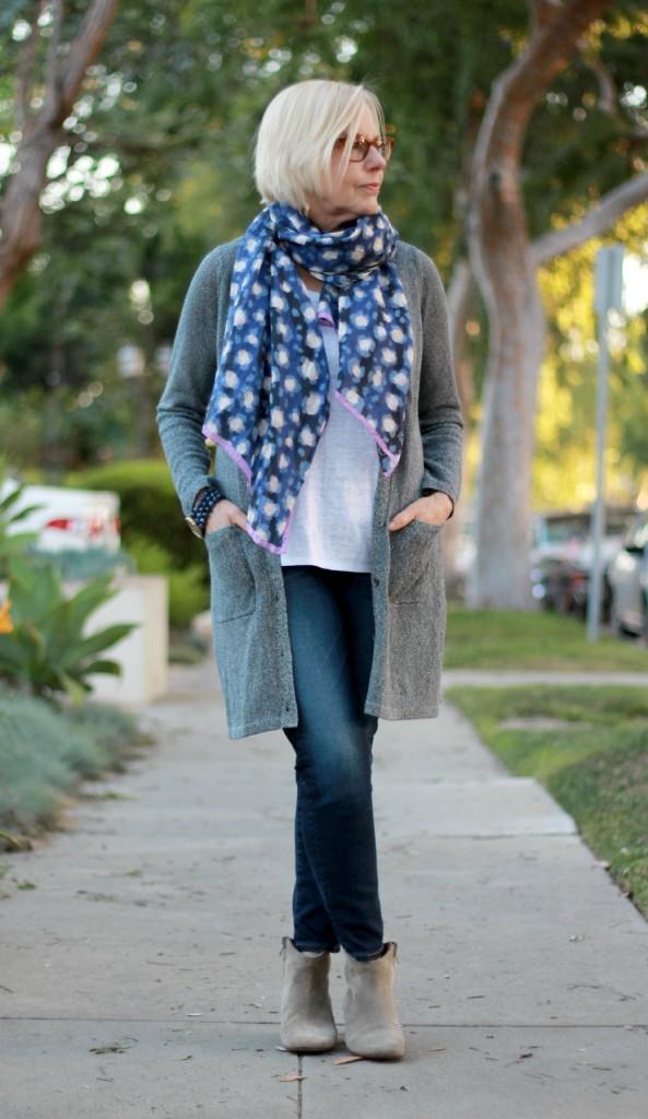 Fashion looks for mature women