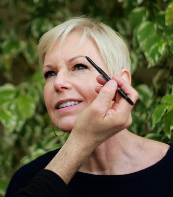 defining brows