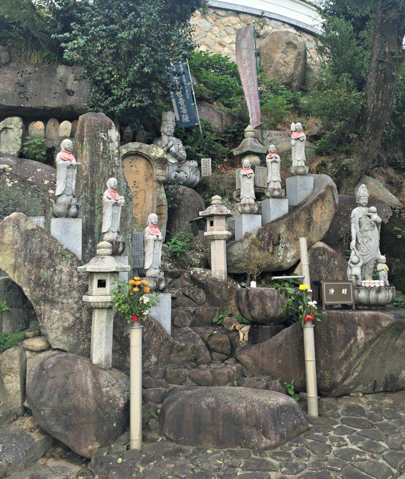 temple walk Onomichi Japan