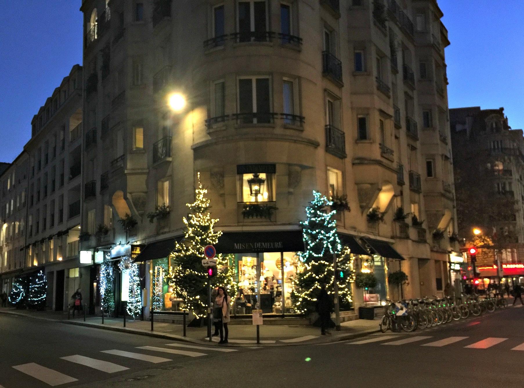 Christmas decor rue Cherche-Midi