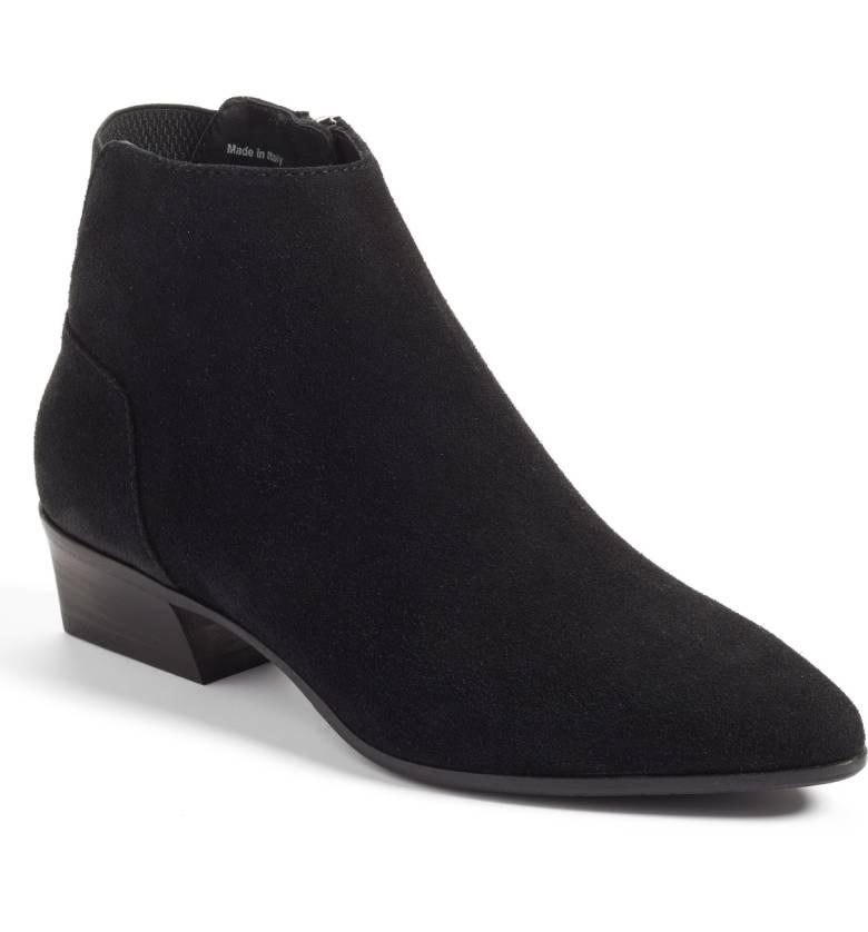 Aquatalia weather-resistant ankle boots in black. Details at une femme d'un certain age.