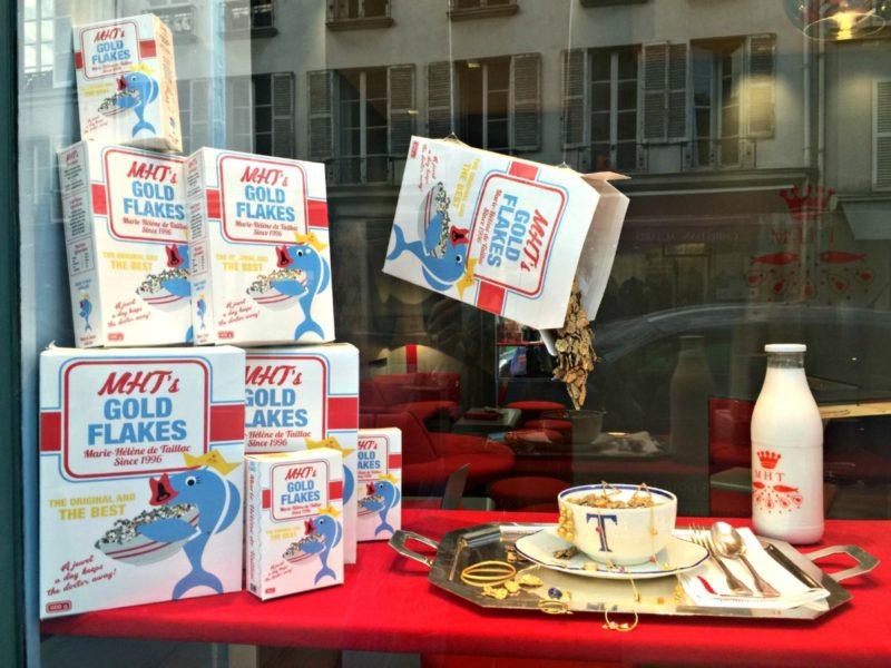 Jewelry shop window display in Paris. Details at une femme d'un certain age.