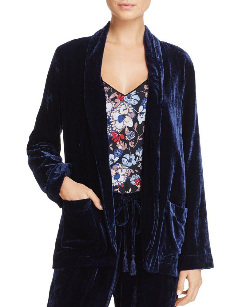 blue velvet blazer from Beltaine. Details at une femme d'un certain age.
