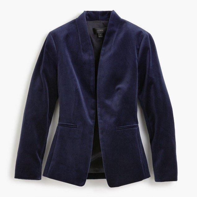 J.Crew navy velvet blazer. Details at une femme d'un certain age.