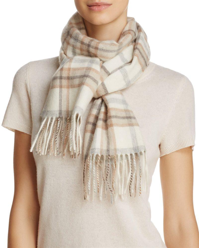 cashmere scarf in off-white plaid. Details at une femme d'un certain age.