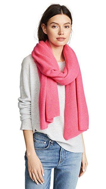 Cashmere travel wrap scarf from White & Warren. Details at une femme d'un certain age.