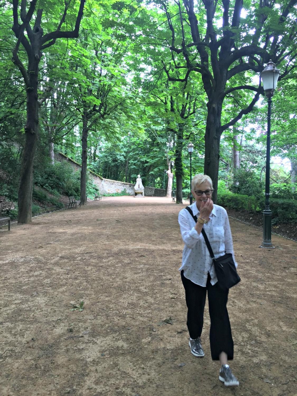 Gardens below Basilique Notre Dame de Fourviere. Details at une femme d'un certain age.