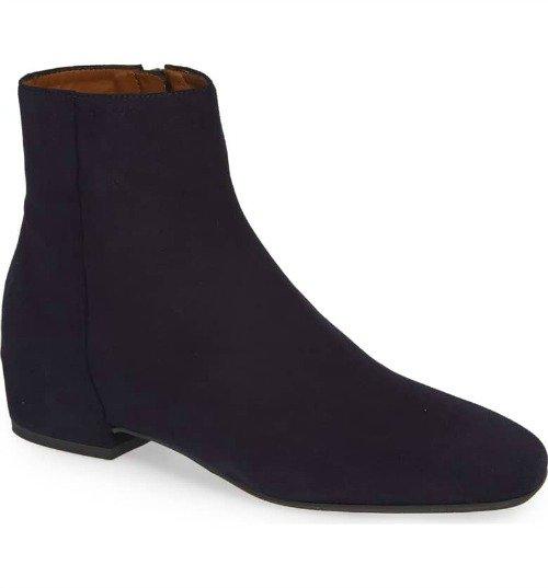 Aquatalia Ulyssa weatherproof ankle boots. Details at une femme d'un certain age.