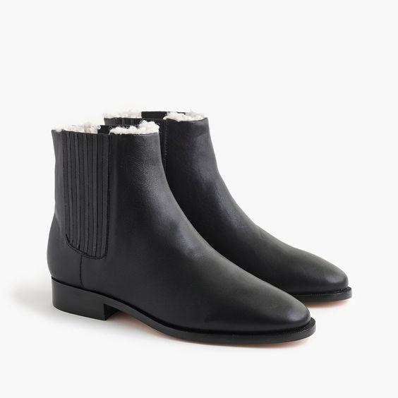 J.Crew sherpa-lined ankle boots black. Details at une femme d'un certain age.