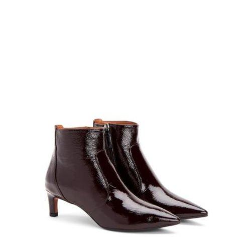 Aquatalia Marilisa kitten heel boots in wine patent. Details at une femme d'un certain age.