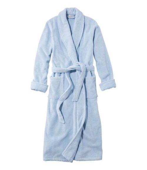 L.L.Bean organic terry robe light blue. Details at une femme d'un certain age.