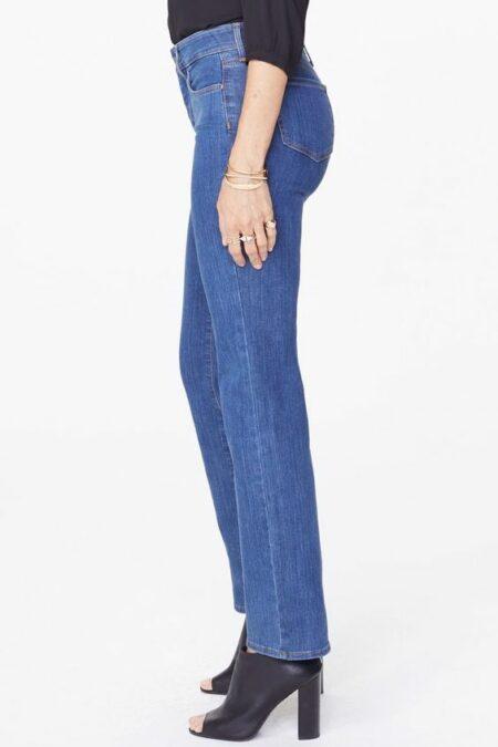 NYDJ Marilyn straight leg jeans Batik blue. Details at une femme d'un certain age.