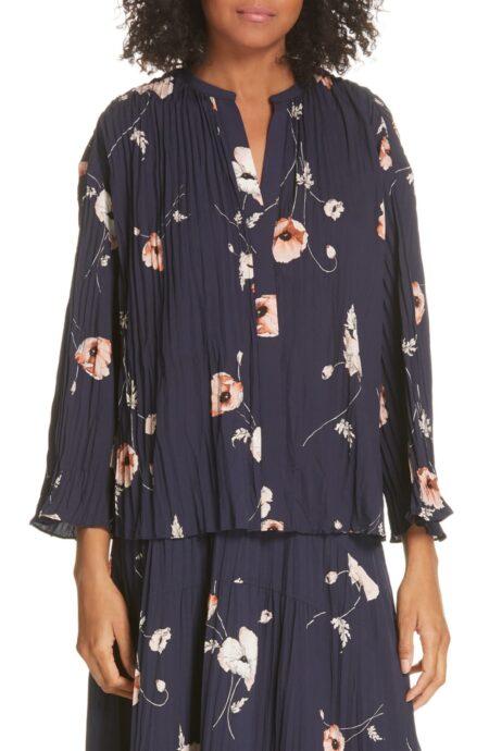 Vince poppy print pleated blouse. Details at une femme d'un certain age.