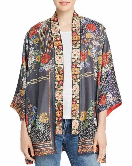 Johnny Was reversible kimono. Details at une femme d'un certain age.