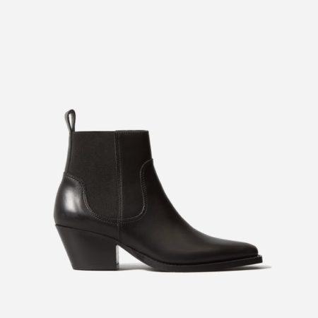 Everlane Western boots in black. Details at une femme d'un certain age.