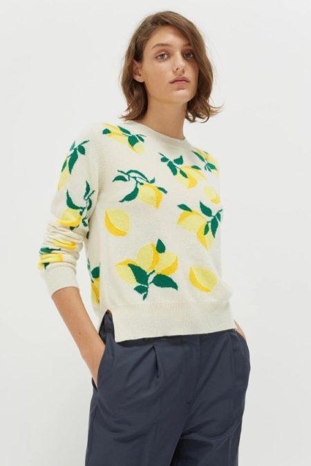 Chinti & Parker lemon cashmere sweater. Details and more Black Friday sales at une femme d'un certain age.