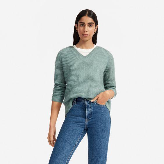 Everlane alpaca v-neck sweater in Pomona green. Details at une femme d'un certain age.