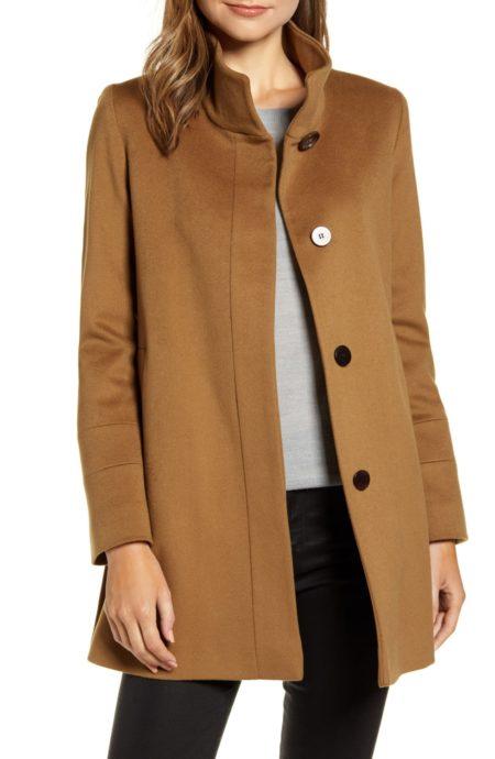 Fleurette stand collar wool coat in vicuna. Details at une femme d'un certain age.