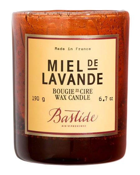 Bastide miel de lavande scented candle. Details at une femme d'un certain age.