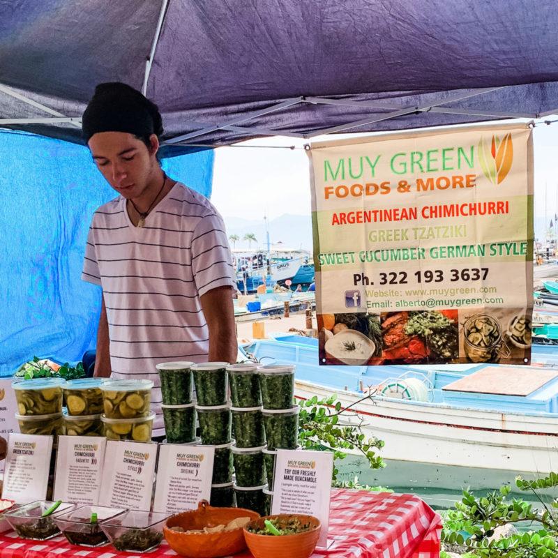 Eclectic food seller at La Cruz de Huanacaxtle mercado, Nayarit Mexico. Details at une femme d'un certain age.