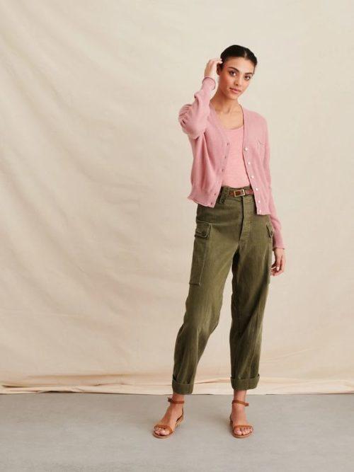 Alex Mill cotton cardigan in pink. Details at une femme d'un certain age.