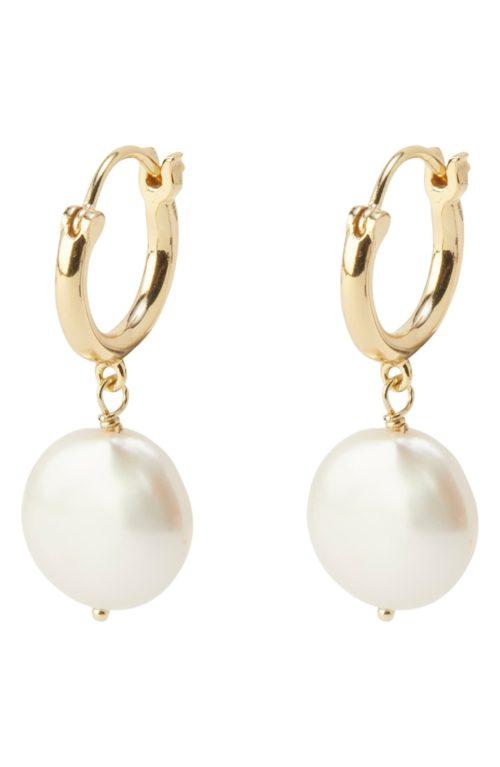 Gorjana Freshwater Pearl drop hoop earrings. Details at une femme d'un certain age.