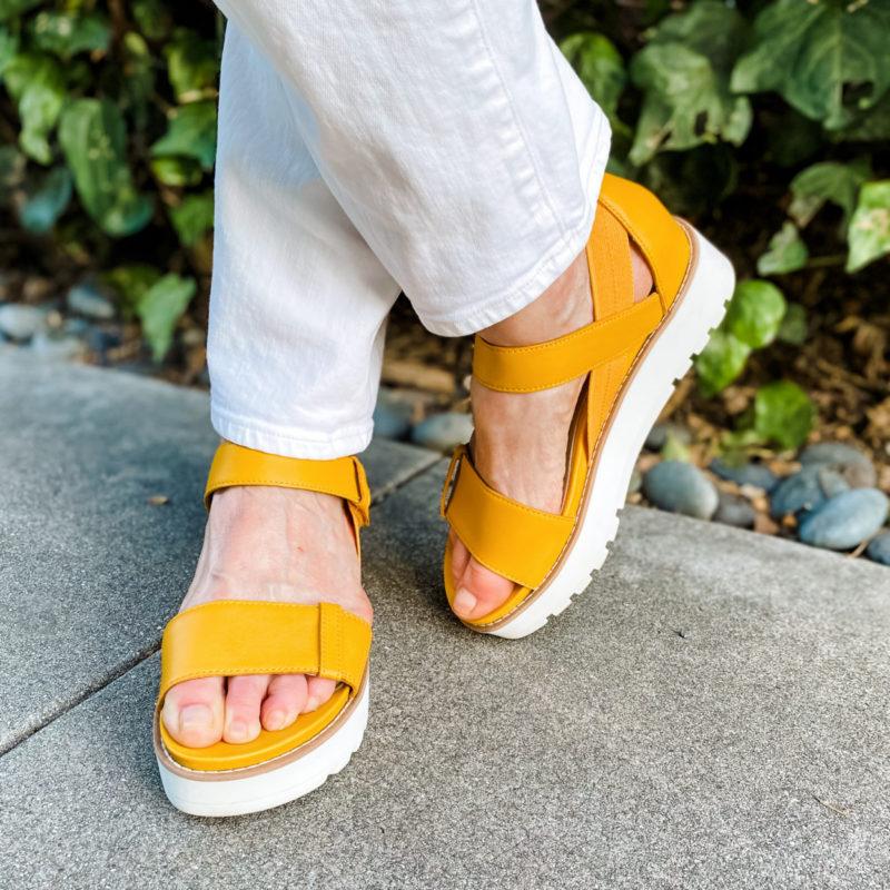 "Detail: Eileen Fisher yellow ""Luck"" sandals. Info at une femme d'un certain age."