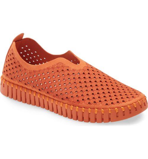 Ilse Jacobsen Tulip slip-on shoes in the Nordstrom Anniversary Sale. Details at une femme d'un certain age.