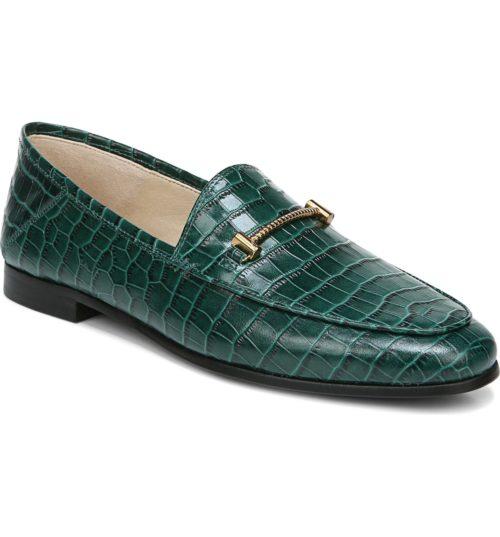 Sam Edelman Lior loafer in ivy green croc texture. Details at une femme d'un certain age.