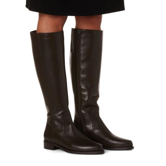 Aquatalia Gracelyn knee boots. Details at une femme d'un certain age.