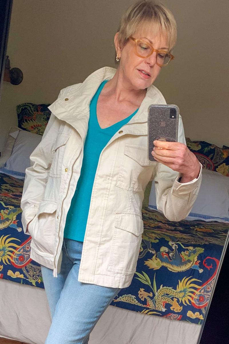 Susan B. wears a Banana Republic utility jacket. Details at une femme d'un certain age.