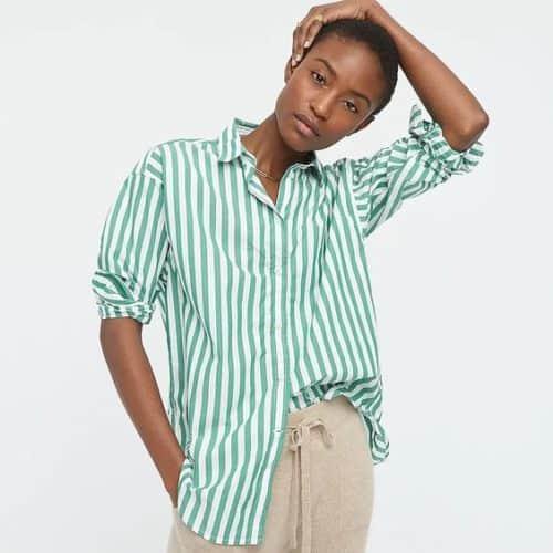 J.Crew cotton striped shirt relaxed fit. Details at une femme d'un certain age.